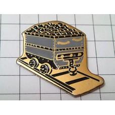 ピンズ・石炭を運ぶ鉄道貨物車両