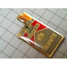 ピンバッジ・たばこ煙草の箱型