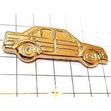 ピンバッジ・金色の車