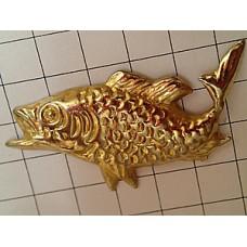ピンズ・金色のサカナ魚
