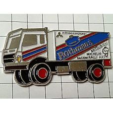 ピンズ・ロスマンズ車トラック