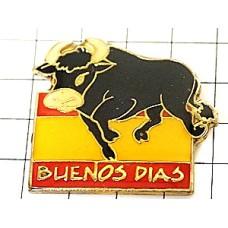 ピンバッジ・黒牛スペインおはよう国旗