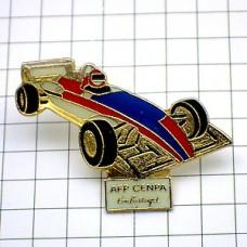 ピンズ・F1レースの車