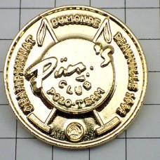 ピンズ・ポロ競技ピンズクラブ金色メダル型