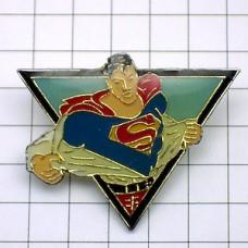 ピンバッジ・映画『スーパーマン』ワイシャツを脱ぎ捨てる