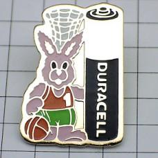 ピンズ・バスケ選手のウサギぬいぐるみ乾電池デュラセル