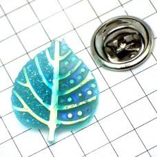 ピンズ・New!ブルーの葉っぱプラスチック製