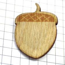 ピンズ・New!木製ドングリ