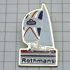 ピンズ・ロスマンズ煙草ヨット白い帆船