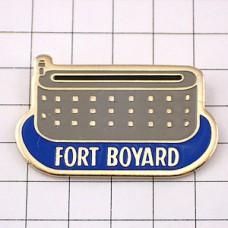 ピンバッジ・ボイヤー砦ボルドー建物