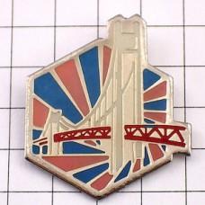 ピンズ・大きな橋と六角形