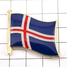 ピンズ・New!アイスランド国旗デラックス薄型キャッチ付き
