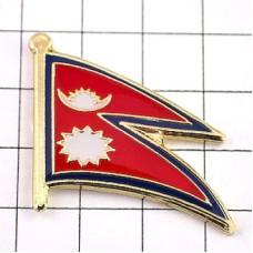 ピンズ・New!ネパール国旗デラックス薄型キャッチ付き