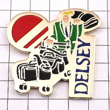 ピンズ・スーツケース旅行鞄デルセー社