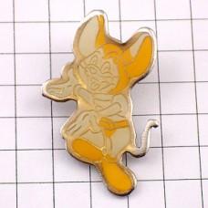 ピンズ・黄色いネズミのキャラクター鼠
