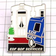 ピンバッジ・EDF青い電気会社の車