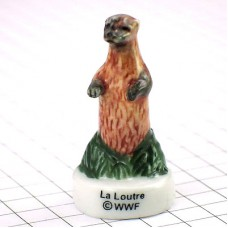 フェーブ・立ったカワウソ川獺/WWF世界自然保護基金