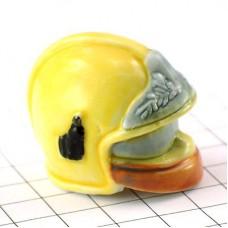 フェーブ・黄色いヘルメット消防士