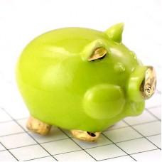 フェーブ・金色耳の黄緑ブタ豚
