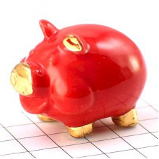 フェーブ・金色耳の赤ブタ豚