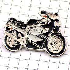 ピンズ・スズキ黒いバイク二輪オートバイ