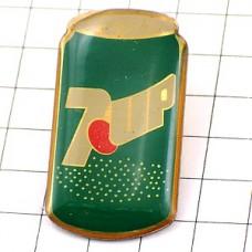 ピンズ・セブンアップ飲物グリーン缶