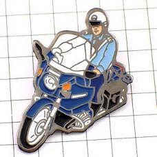 ピンズ・バイクの警察官ジャンダルムリ国家憲兵隊