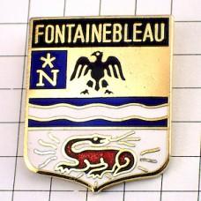 ピンバッジ・フォンテーヌブロー紋章ドラゴン竜ナポレオンNイーグル鷲