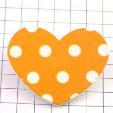 ピンズ・New!水玉ハート型オレンジ木製