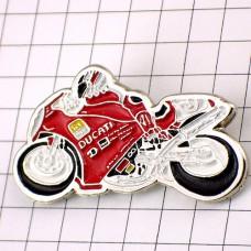 ピンズ・ドゥカティ二輪バイク赤