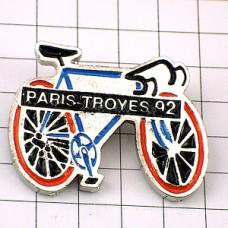 ピンバッジ・パリートロワ自転車レース1992