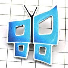 ピンバッジ・四角いブルーの蝶々