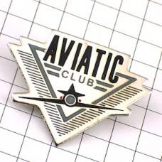ピンバッジ・飛行機クラブ機体の正面