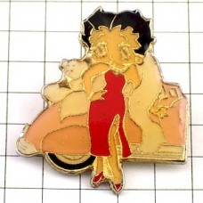 ピンズ・ベティちゃん赤ドレス漫画ベティブープ愛犬