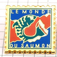 ピンバッジ・鮭サーモンの世界郵便切手型
