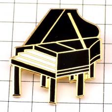 ピンズ・黒いグランドピアノ音楽楽器