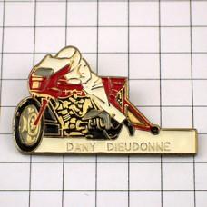 ピンバッジ・バイク二輪ドラッグレーサー赤いオートバイ