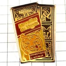 ピンバッジ・トラ虎タイガーネスレの板チョコお菓子