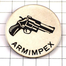ピンバッジ・拳銃ピストル短銃シューティング射撃