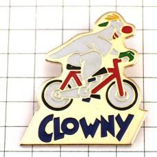ピンズ・自転車に乗るピエロ道化師