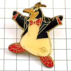 ピンズ・蝶ネクタイのペンギン車オペル社