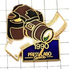 ピンズ・写真カメラの歴史1990年代一眼レフ映像