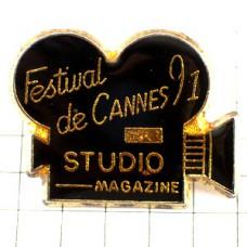 ピンズ・カンヌ映画祭カメラ撮影用