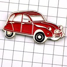 ピンズ・シトロエン2cv赤の車