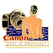 ピンズ・キャノン一眼レフEOS/カメラ写真撮影ヌードの女の子