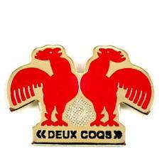 ピンズ・赤いニワトリ国鳥二羽