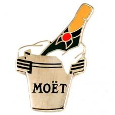 ピンズ・モエ酒シャンパーニュ冷えた瓶