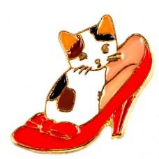 ピンバッジ・New!赤いハイヒールと猫