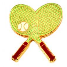 ピンバッジ・テニスラケット2本と球