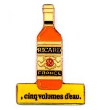 ピンバッジ・リカール酒パスティス瓶型